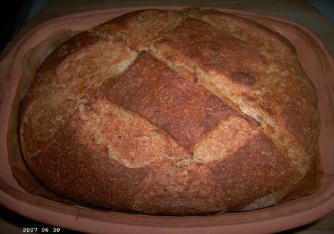 Fluweelzacht bonenbrood uit de romertopf 1