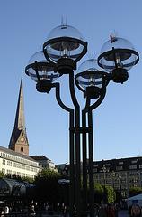 Auf dem Rathausmarkt Hamburg