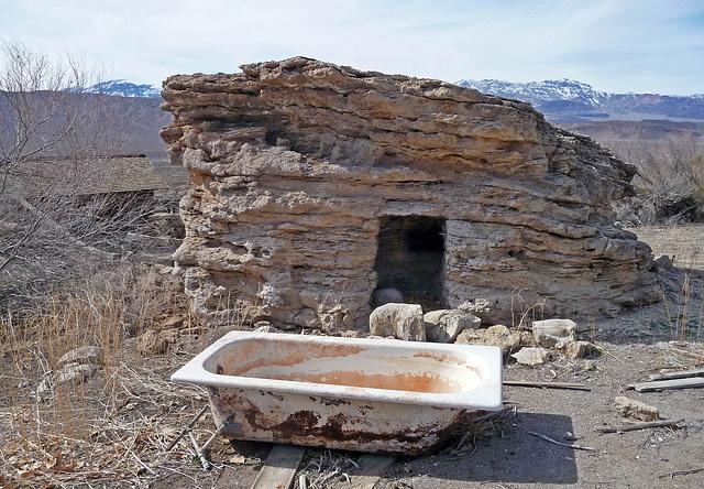 Lower Vine Ranch - Cold Storage & Bathtub (3440)