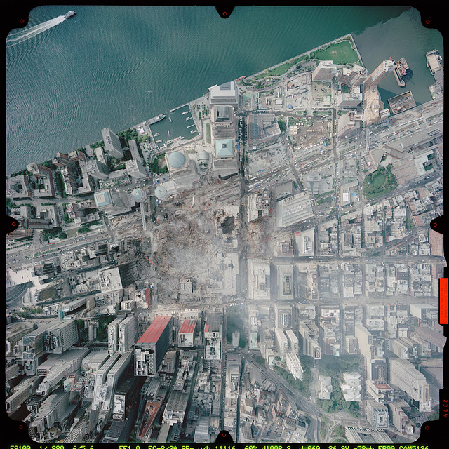 Satellitephoto of New York City financial district and the demolished World Trade Center