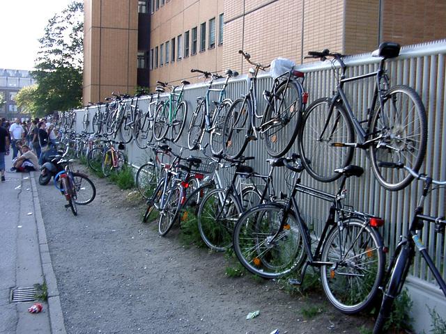 St. Pauli - der Stadtteilverein. Ein Parkplatz.