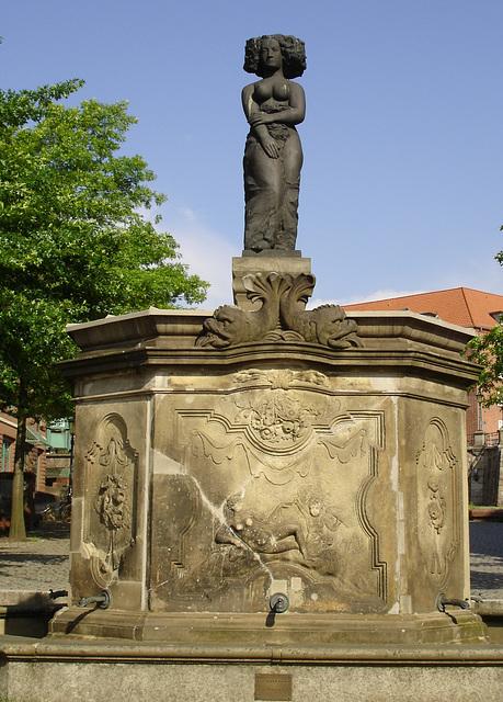 Fischmarktbrunnen Minerva