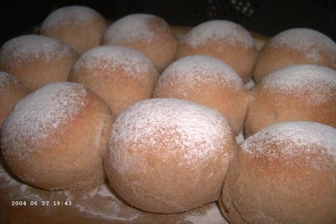 Rustieke bruine broodjes