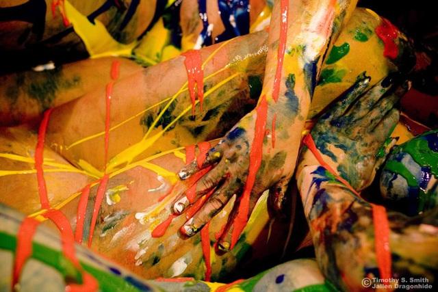 Giving Jackson Pollock a hand