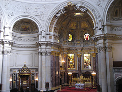 Berlin, Berliner Dom high-altar (1)
