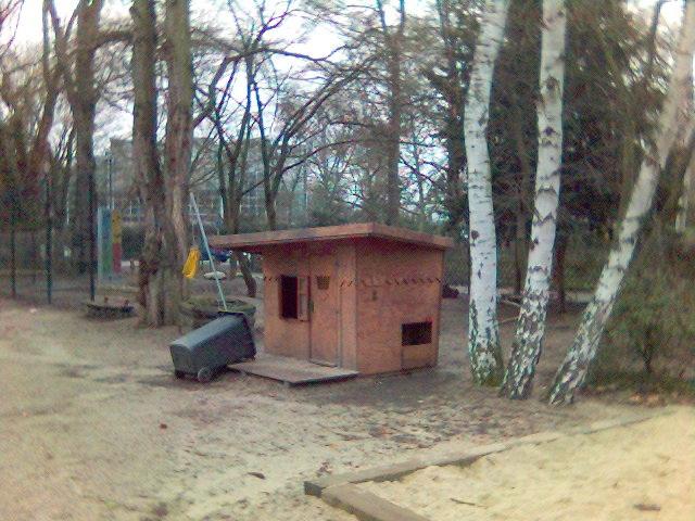 spielplatz-haus