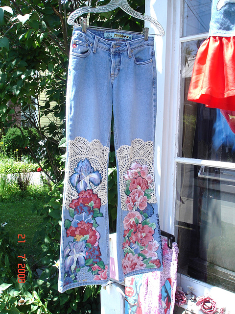 Woodstock.  NY state.  USA.   July 22th 2008.- Mudd flowery jeans