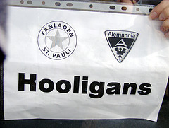Hooligan - Bus :o)