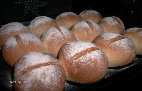 Bruine broodjes (recept Gea's blog)