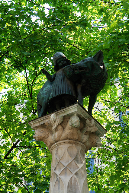 München, Rotkäppchenbrunnen (Am Kosttor)