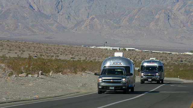 Airstreams on California 190 in Death Valley NP (9603)