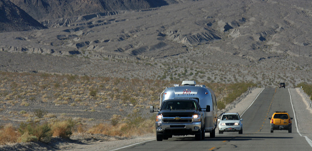 Airstream on California 190 in Death Valley NP (9598)