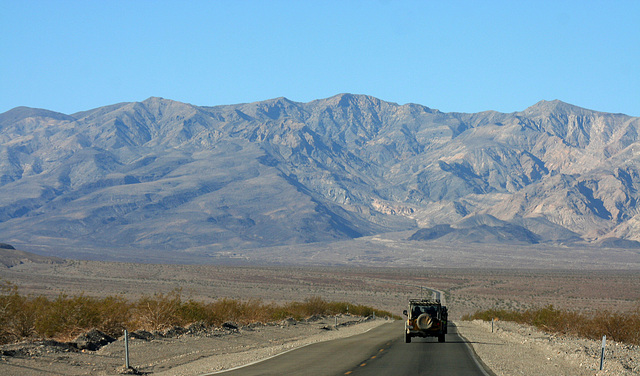 California 190 in Death Valley NP (9611)