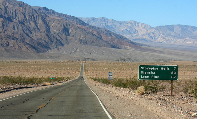 California 190 in Death Valley NP (9592)