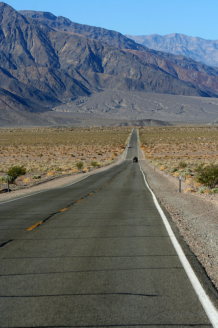 California 190 in Death Valley NP (9594)