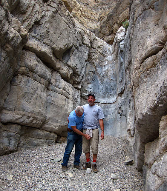 Ed & Steve In Fall Canyon (4246)