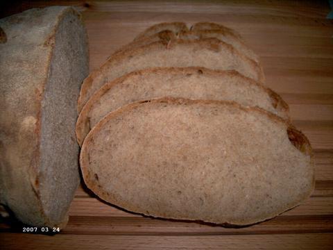 Zuurdesem volkorenbrood 2