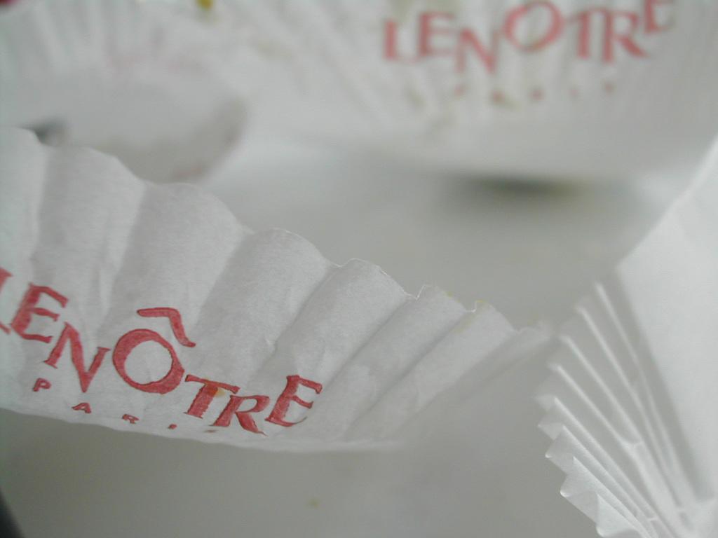 Macarons Lenôtre