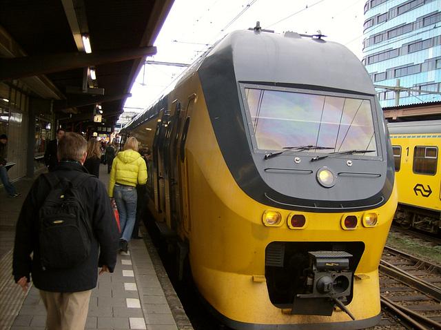 La trajno al Ede-Wageningen