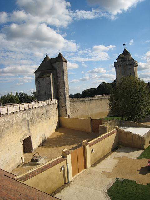 Château fort de Blandy les Tours