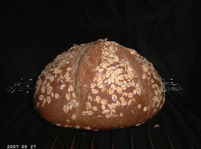 Colonial Oat Bread 1