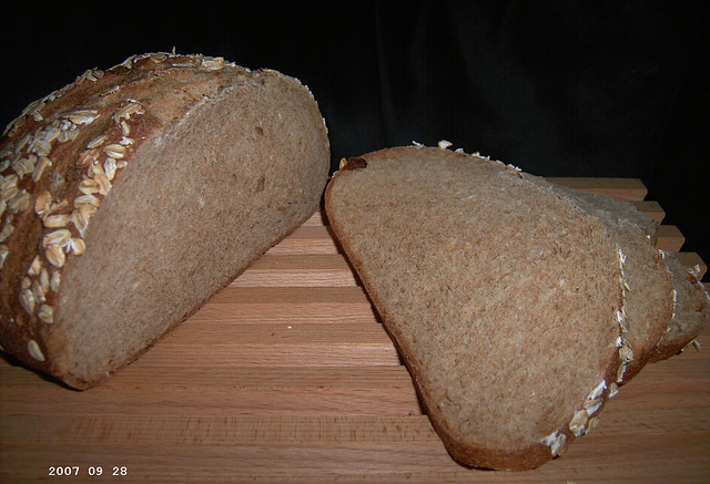 Colonial Oat Bread 2