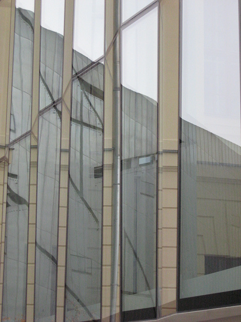 Reflected museum