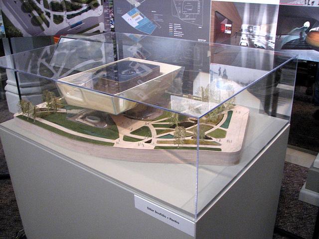 58.NMAAHC.DesignExhibit.Castle.WDC.6April2009