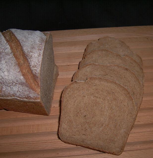 Volkorenbrood 2