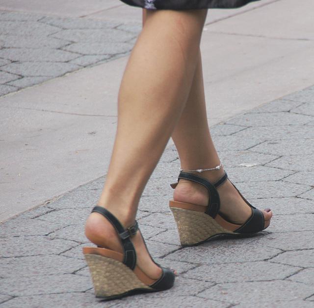 walking wedge heels