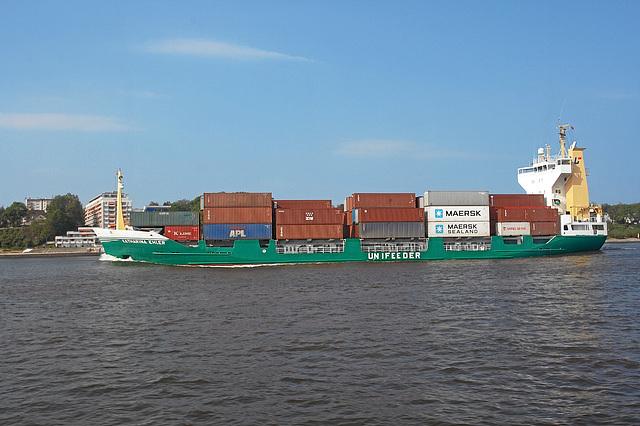 Feeder auf der Elbe