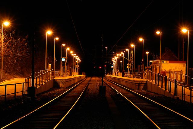 S-Bahnhof Icking am Abend