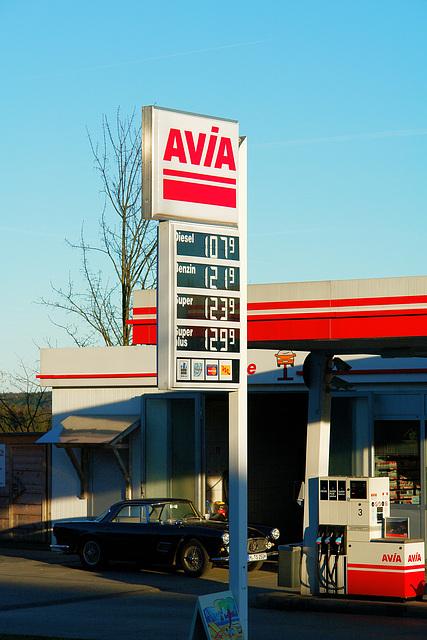 Icking - Avia gas station