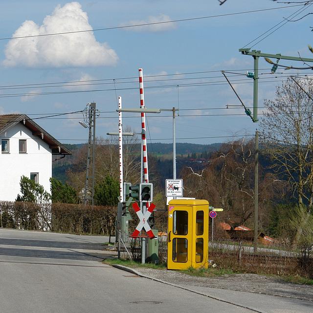 Icking - Am Bahnübergang