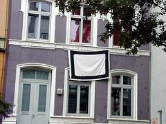 Eigenartiges Transpi, Annenstrasse 16, Hamburg