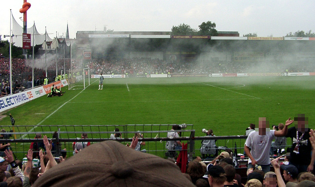 Foggy dust by Union Berlin supporters