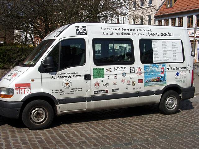 Fanladen St. Pauli- Mobil