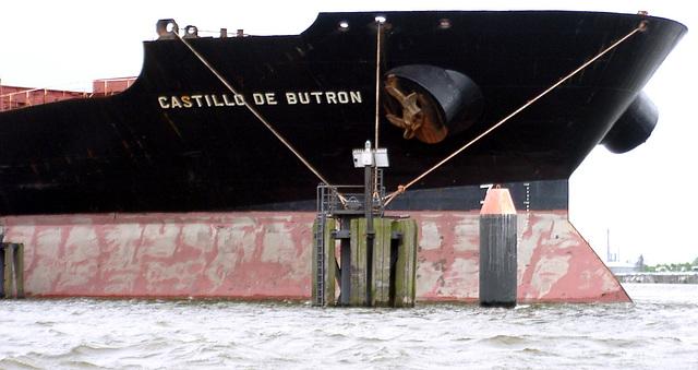 """Bow of """"Castillo de butron"""""""
