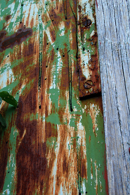 rust, wood and colours