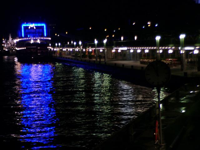 Hamburg, Landungsbrücken mit Blue Goal (worldcup 2006)