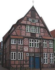 dekorativ gemauertes Fachwerkhaus
