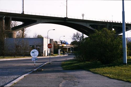 ex-CSD 498.022 Under Branicky Most, Branik, Prague, CZ, 2007