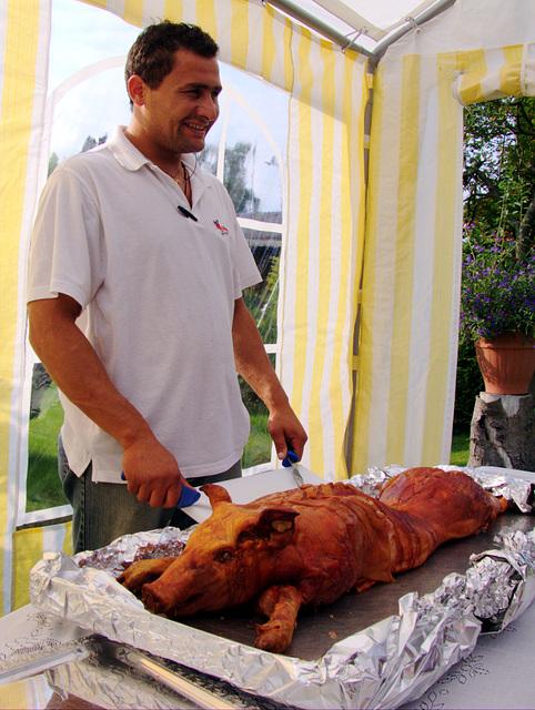 Spanferkel mit Schweinchenzuschneider