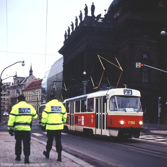 DPP #7158 At Narodni Divadlo, Prague, CZ, 2007