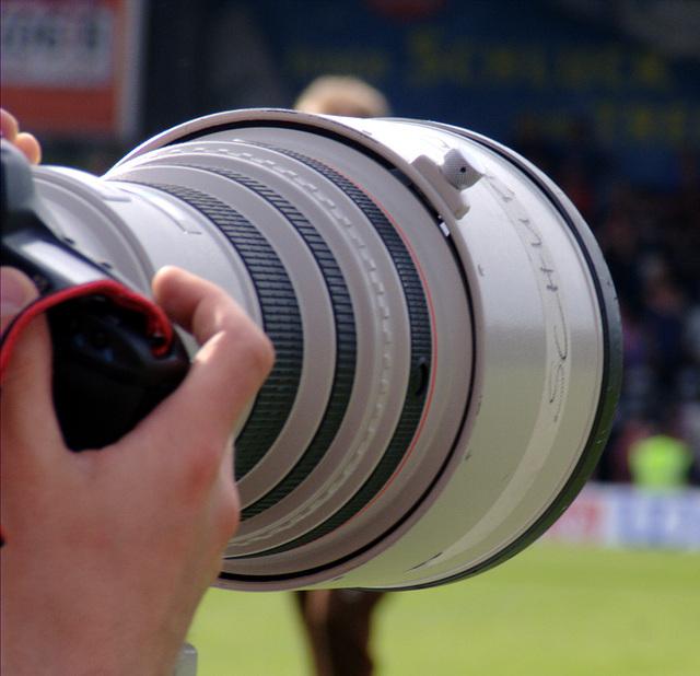 Es ist ja nicht so, dass heute nur die grossen Fernsehkameras voll im Weg standen, nein, auch die kleinen Fotokameras wa