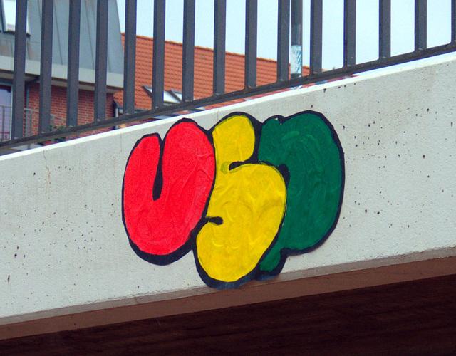 USP bringt Farbe auf triste Betonbrücken