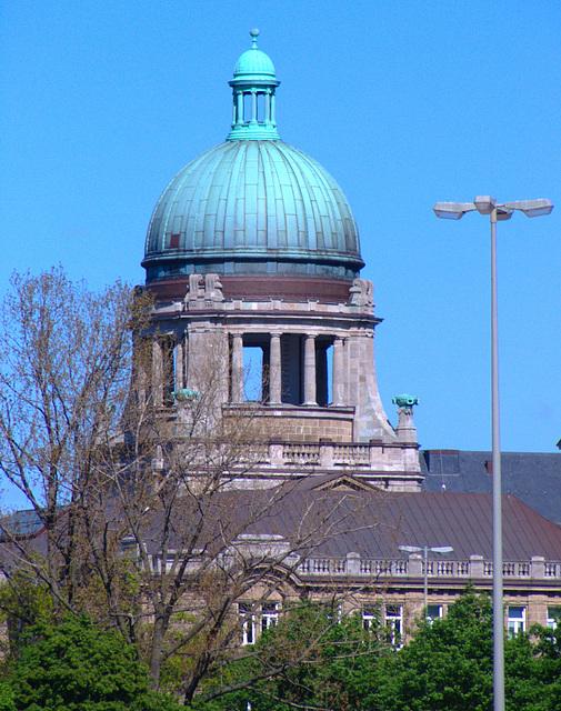 Hanseatisches Oberlandesgericht / Appellate-court of Hamburg