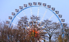 The London-Eye of Hamburg ;-)