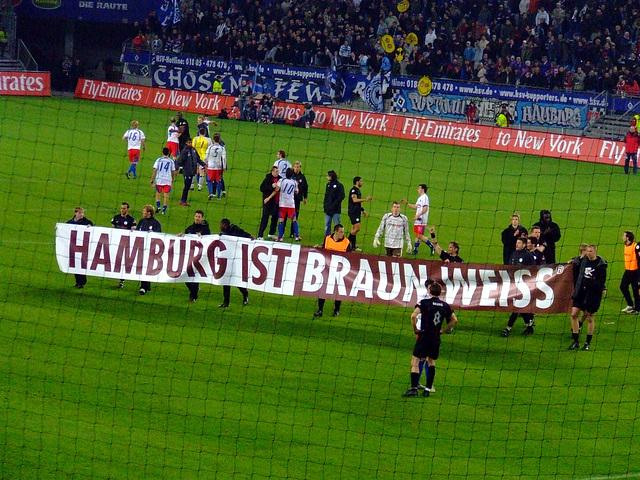 Hamburg ist Braun - Weiss