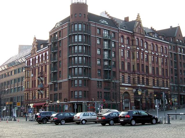 Eckgebäude am Hamburger Fischmarkt